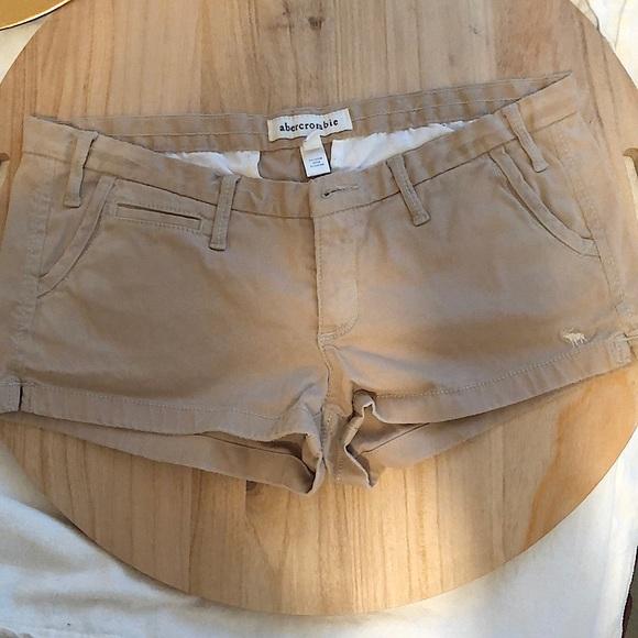 Kids Abercrombie shorts in khaki